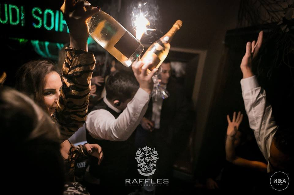 <strong>RAFFLES CHELSEA LONDON</strong><br>From 1000£